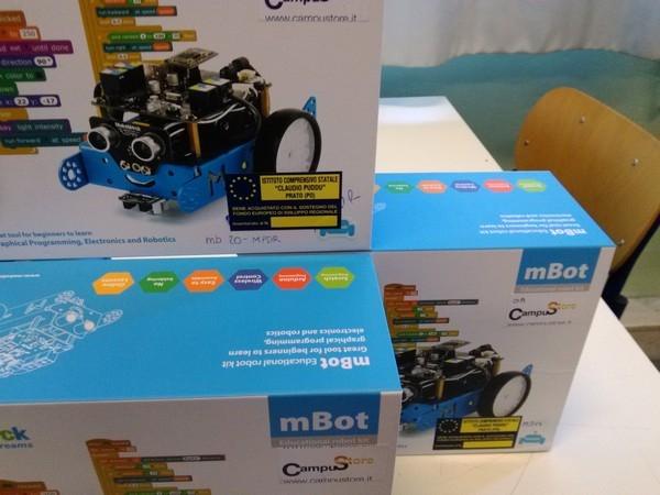 """Laboratori mobili - Etichette dei robot didattici: Scuola Secondaria di Primo Grado """"Don Bosco"""" (POMM81601B)"""